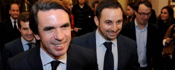 Aznar, en primer término.