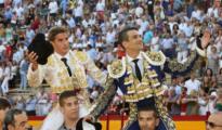Diego Carretero y Manzanares salen a hombros