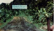 Entrada a Jonestown, en Guayana Esequiba - Wikimedia
