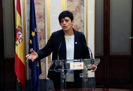 La diputada de EH Bildu Marian Beitialarrangoitia, formación que dio su apoyo a Pedro Sánchez