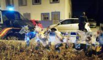 Los cócteles molotov intervenidos por los agentes de la Policía. (El Confidencial)