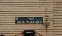 La placa de la calle del General Millán Astray, que ya se han retirado de las calles