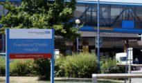 Imagen de la entrada del hospital de Chester, donde ocurrieron los hechos.