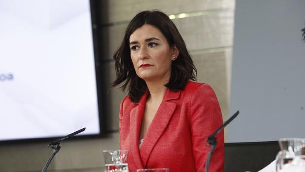 La ministra de Sanidad, Carmen Montón, en la reunión del Consejo de Ministros