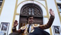 Miguel Ángel Perera sale a hombros del coso santanderino