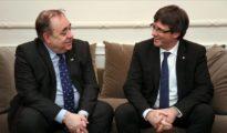 Alex Salmond y Carles Puigdemont.