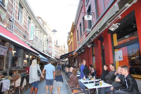 Una calle de la zona de Lovaina en la que se encuentra la tienda.