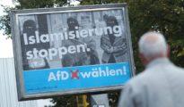 Cartel de Alternativa para Alemania en una calle de Hamburgo.