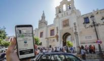 Un usuario de la aplicación de Uber en Sevilla