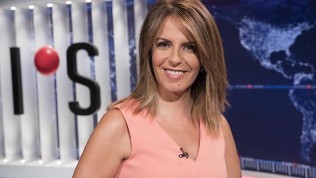 Pilar García Muñiz, presentadora de «Informe semanal»