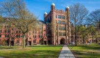 Universidad de Yale.