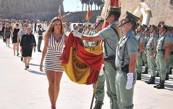 """Juras civiles de bandera: del """"todo por la patria"""" al """"todo por el postureo""""."""