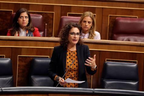María Jesús Montero durante el pleno del Congreso de los Diputados.
