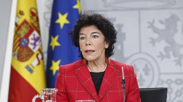 La ministra de Educación y Formación Profesional y portavoz del gobierno, Isabel Celáa