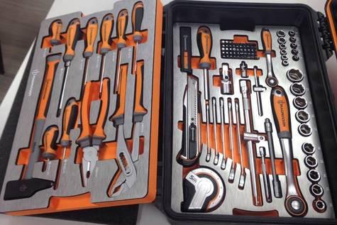 Caja de herramientas de Brico Depôt.