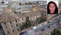 Centro social comunitario 'Luis Buñuel', propiedad del Ayuntamiento de Zaragoza. En el recuadro, Carmen López Anguita (Imagen/Heraldo)