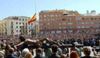 Traslado del Cristo de la Buena Muerte por La Legión el Jueves Santo en Málaga.