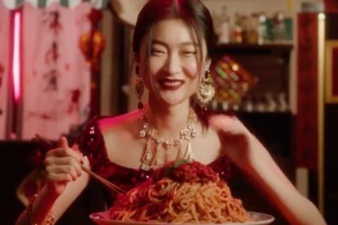 Imagen del polémico vídeo de Dolce & Gabbana/ Twitter
