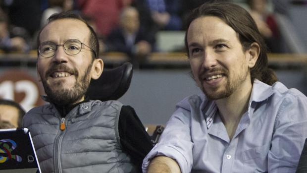 Echenique y Pablo Iglesias, en una acto del partido