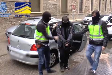 Uno de los tres arrestados en Zaragoza, Tarragona y Barcelona- Policía Nacional