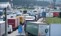 Filas de camiones en Cataluña creadas a causa de las protestas en Francia.