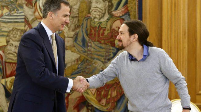 """""""El Chepas"""" saluda al Rey."""