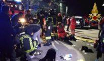 Imagen de los hechos a la salida del club nocturno - Twitter: @emergenzavvf