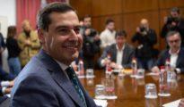 El presidente del PP andaluz, Juanma Moreno, durante una de las reuniones mantenidas con Ciudadanos