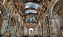 Iglesia derruida en Belchite.