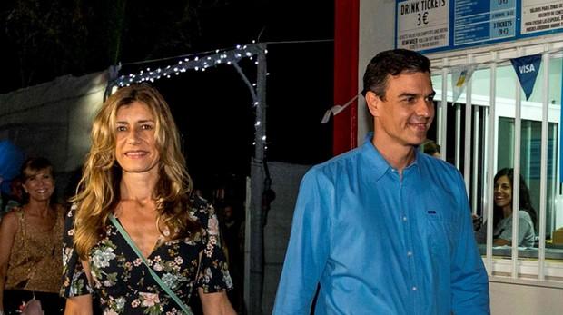 Pedro Sánchez y su mujer en el Festival Internacional de Benicassim