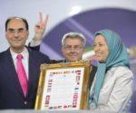 Alejo Vidal-Quadras en 2012 junto a Maryam Rayaví, presidenta del CNRI (Eldiario)