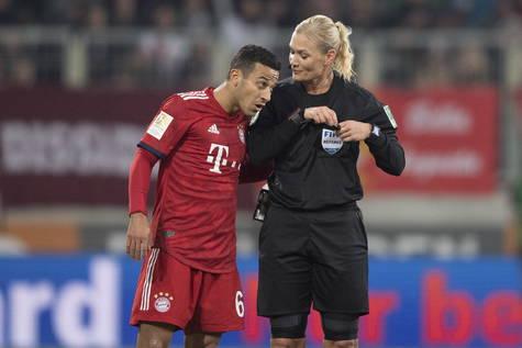 Imagen del partido entre Augsburgo y Bayern.