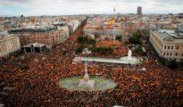 Vista general de la concentración convocada este domingo en la plaza de Colón de Madrid.