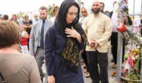 Jacinda Ardern, en la imagen con el velo islámico.