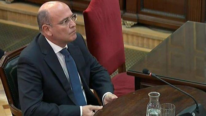 El coordinador policial del 1-O, el coronel de la Guardia Civil Diego Pérez de los Cobos, durante su declaración en el juicio del 'procés'