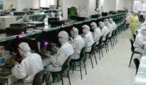 Trabajadores de Foxconnn en Shenzen (China)