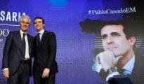 Pablo Casado, líder del PP, junto a Suárez Illana