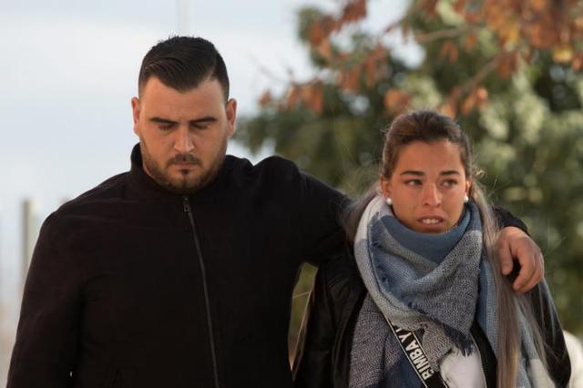 José Roselló (i) y Victoria García (d), los padres de Julen.