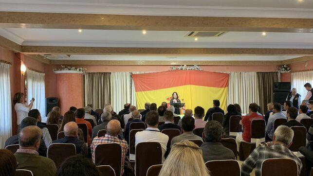 Ana Vega participa en un acto de Vox en Alicante @vox_alicante