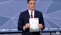 Pedro Sánchez enseña una carta