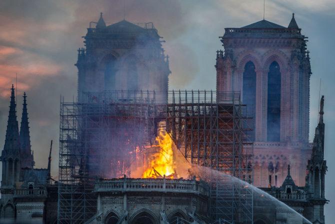 El fuego que destruyó buena parte de la catedral de Notre Dame, en el corazón de París, es una tragedia irreparable. Aunque se reconstruya la catedral, nunca será como antes.