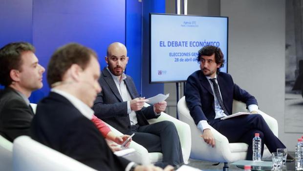 Los responsables de Economía de los cuatro partidos políticos principales