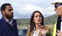 Ignacio Garriga (cuyo primo está doblemente imputado) con Mónica Lora, también investigada, en un acto de Vox / TWITTER