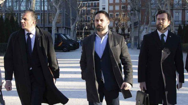 Ortega Smit, Abascal y Espinosa de los Monteros, tres de los amos de Vox.