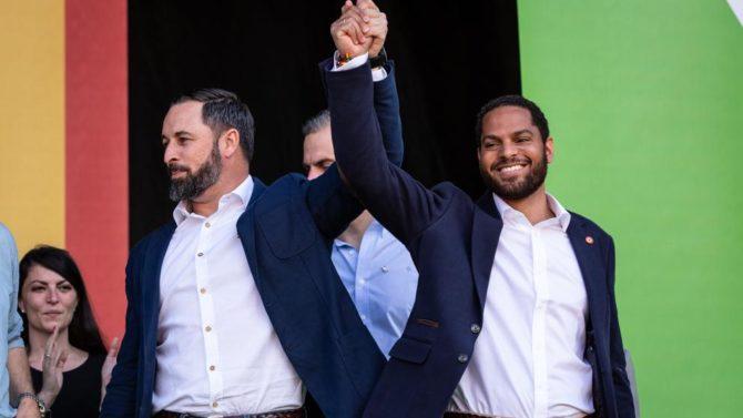 El hispano-guineano Ignacio Garriga (a la derecha) será el candidato de Vox a la alcaldía de Barcelona (LV)
