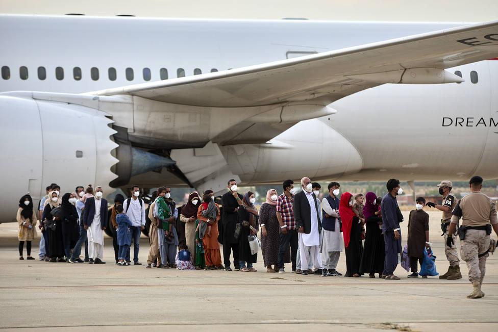 https://www.alertadigital.com/wp-content/uploads/2021/09/afganos-avion.jpg